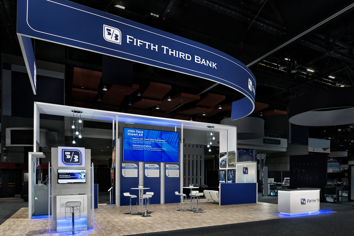 custom-exhibits-island-fifth-third-bank-02-1200